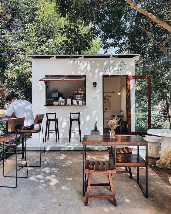 desain cafe unik outdoor